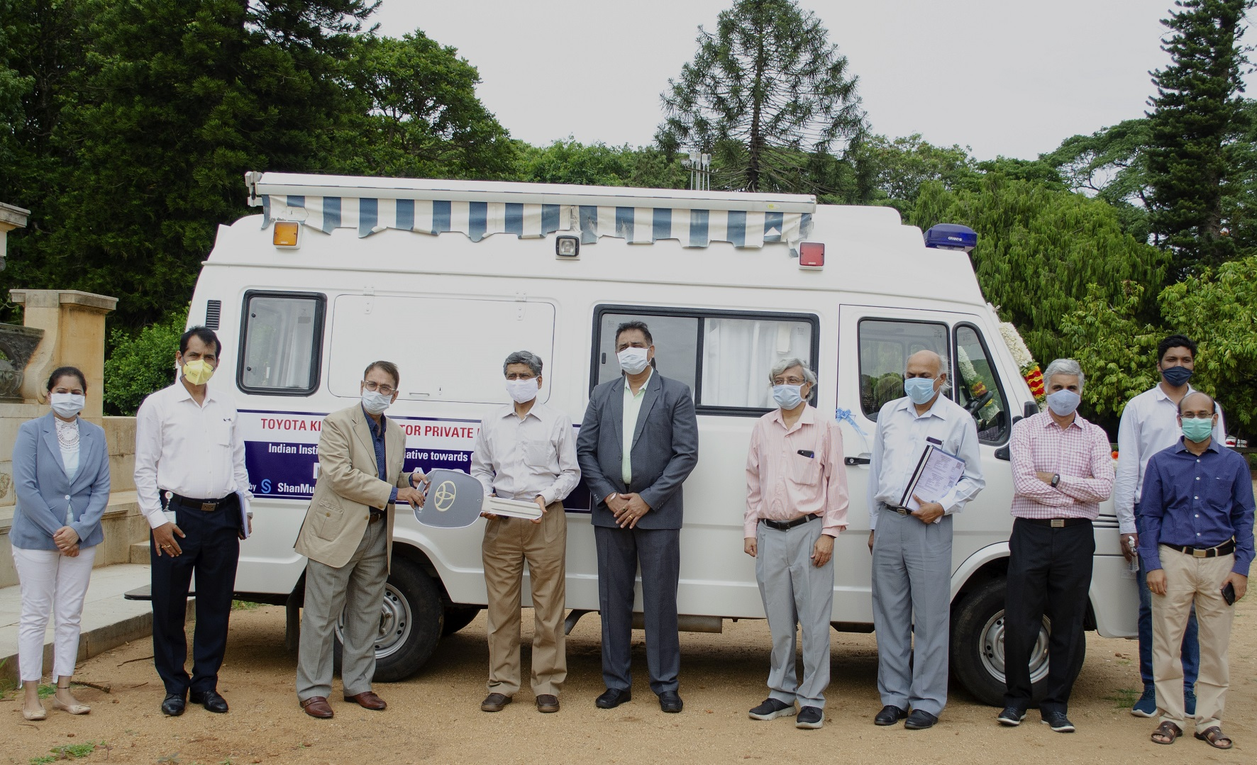 Toyota Kirloskar Motor hands over Mobile Medical Unit to scale up COVID-19 testing