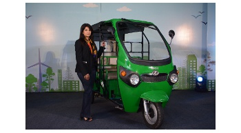 "Kinetic Green to introduce electric auto ""Kinetic Safar"""