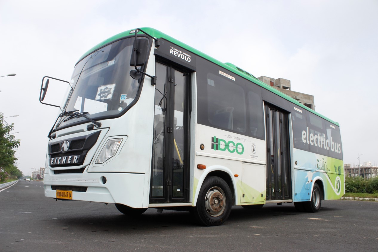 Eicher E-buses completes a year in Kolkata; 40 E-buses to BEST