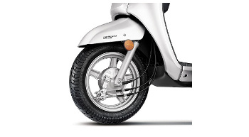 Suzuki Motorcycle launches Access 125 with alloy wheel & drum brakes